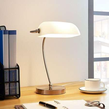 Lindby Bankárska lampa Selea biele sklenené tienidlo