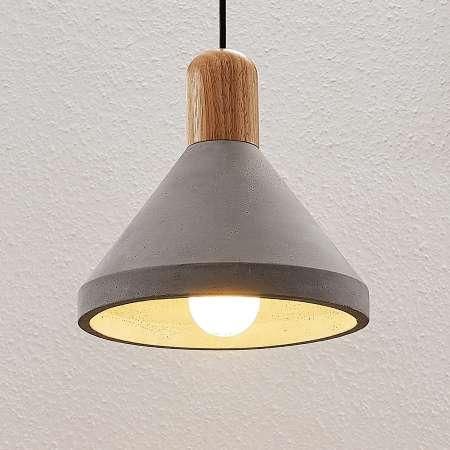 Lindby Betónová závesná lampa Caisy s drevom okrúhla