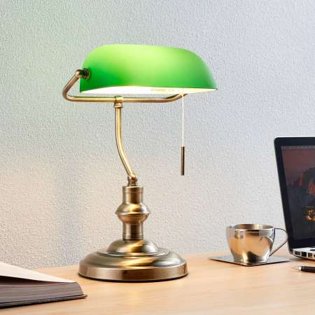 Lindby Lampa na písací stôl Milenka so zeleným tienidlom