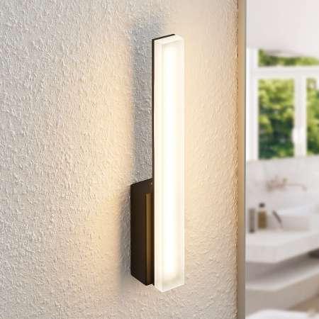 Lucande Lucande Lisana LED nástenná lampa, IP44 vertikálna